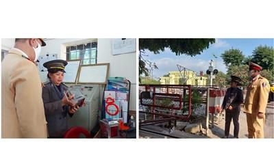 Hà Nội: CSGT đường sắt 'căng mình' ứng trực dịp Tết