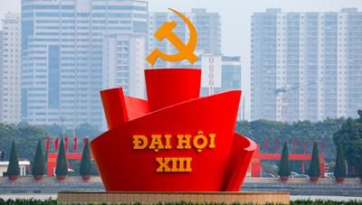 Thủ đô Hà Nội lộng lẫy chào mừng Đại hội XIII của Đảng