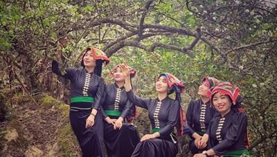 [ẢNH] Xuân mới trên cao nguyên Mộc Châu với các cô gái Thái