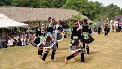 Làng văn hóa – du lịch các dân tộc Việt Nam: Tạo sự đa dạng cho các hoạt động