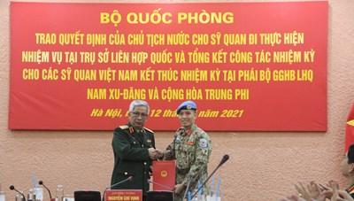Sĩ quan Việt Nam được cử đi làm nhiệm vụ tại trụ sở Liên Hợp Quốc