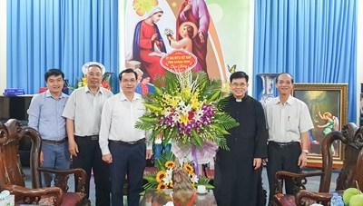 Mặt trận tỉnh Quảng Ninh chúc mừng đồng bào Công giáo dịp Lễ Phục sinh 2021