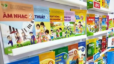 Giá sách giáo khoa tăng cao