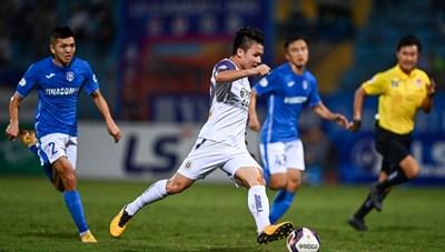 Quang Hải trở lại, liều doping tinh thần cho CLB Hà Nội