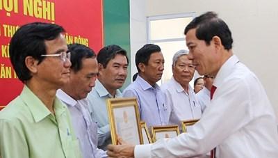 Quảng Ngãi: Nhiều thành tựu trong việc xây dựng nông thôn mới, đô thị thông minh