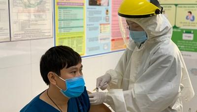 Quảng Ninh triển khai tiêm vaccine phòng Covid-19 đợt 2 từ ngày 21/4