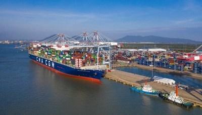 Cảng biển hút tàu ngoại: Kết nối dần hoàn thiện