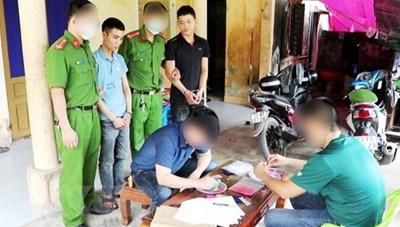 Quảng Bình: Bắt 2 đối tượng mua bán, tàng trữ trái phép ma túy