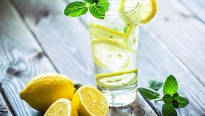 5 loại nước uống giúp giảm căng thẳng, stress