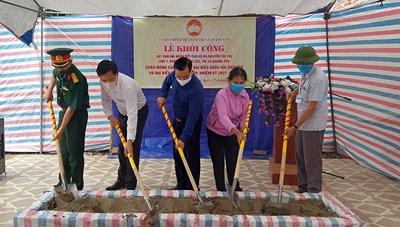 Quảng Ninh: Khởi công xây nhà Đại đoàn kết cho người dân