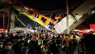 Mexico: Sập đường sắt trên cao, ít nhất 13 người chết