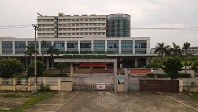 Bệnh viện Bệnh Nhiệt đới Trung ương: 14 ca dương tính trong đó có 2 bác sĩ