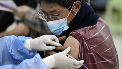 Sau hơn 3 tuần, Trung Quốc ghi nhận các ca mắc cộng đồng đầu tiên