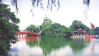Hà Nội đón 2,9 triệu lượt khách trong 6 tháng năm 2021
