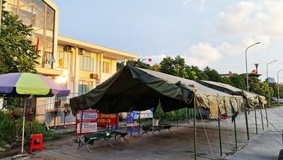 Quảng Ninh: Khởi tố vụ án liên quan ca nhiễm Covid-19 là giám định viên xăng dầu