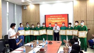 Quảng Ninh: Đón đoàn y, bác sĩ tình nguyện thứ 2 hoàn thành nhiệm vụ chi viện Bắc Giang