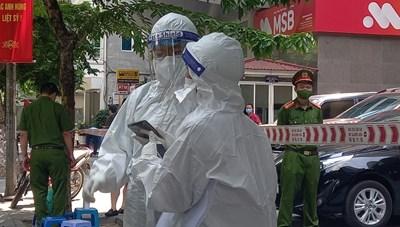 Hà Nội: Thêm 24 ca dương tính, có 4 ca phát hiện qua sàng lọc ho, sốt tại cộng đồng