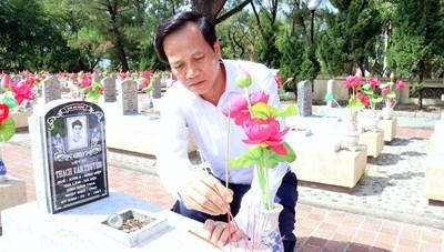 Bộ trưởng Đào Ngọc Dung: Sửa từ 'liệt sĩ vô danh' là lương tâm, trách nhiệm