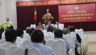 Mặt trận Đắk Lắk nỗ lực chung tay phòng chống dịch bệnh, hỗ trợ người nghèo