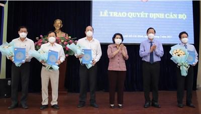Phó Bí thư Thành ủy kiêm nhiệm Phó Chủ tịch không chuyên trách Ủy ban MTTQ Việt Nam TP HCM