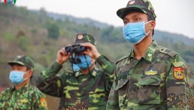[ẢNH] Biên phòng Điện Biên căng mình chống dịch trên tuyến biên giới