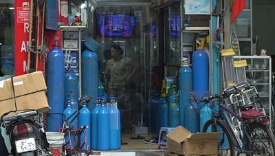 Người dân không nên tích trữ bình khí oxy