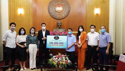 BẢN TIN MẶT TRẬN: Phó Chủ tịch - Tổng Thư ký Hầu A Lềnh tiếp nhận ủng hộ phòng, chống dịch