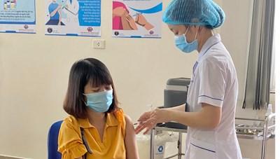 Quảng Ninh: Phấn đấu hoàn thành tiêm vacine mũi 2 trong tháng 10