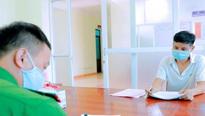 Quảng Ninh: Hồn nhiên dùng giấy tờ 'đi mượn' để thông chốt