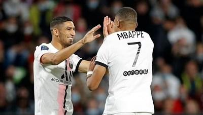 Vắng Messi, PSG nhọc nhằn đánh bại Metz nhờ cú đúp của Hakimi