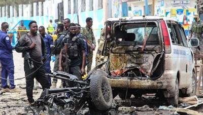 Đánh bom liều chết ở thủ đô của Somalia, nhiều người thương vong