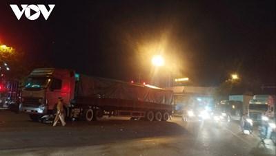 Va chạm với xe container, 2 em nhỏ tử vong ở Hải Phòng