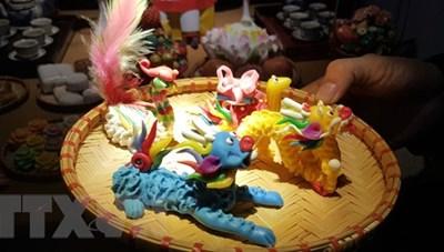 Nghệ nhân làm sống lại con giống bột - đồ chơi cổ của người Hà Nội