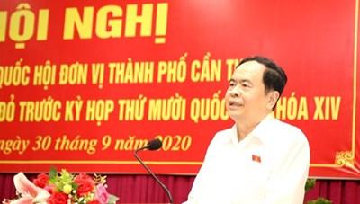 Chủ tịch UBTƯ MTTQ Việt Nam Trần Thanh Mẫn tiếp xúc cử tri Cần Thơ