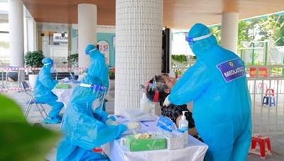 Hà Nam công bố 21 trường hợp dương tính vớiSARS-CoV-2