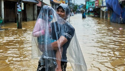 Phòng tránh 5 loại dịch bệnh thường gặp trong mưa lũ