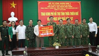 Bộ Tư lệnh Quân khu 7 hỗ trợ kinh phí giúp dân - quân khắc phục hậu quả bão, lụt