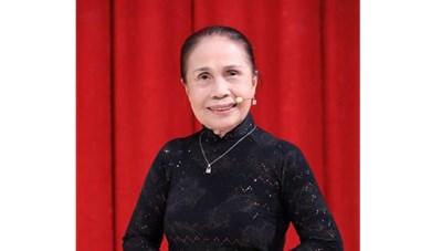 Nghệ sĩ Ánh Hoa đột ngột qua đời