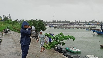 Đà Nẵng lên phương án sơ tán từ 7.000 đến 15.000 người ra khỏi khu vực nguy hiểm