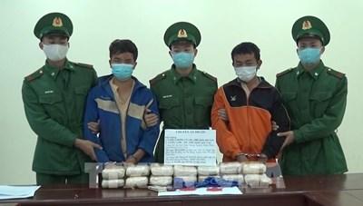 Điện Biên: Bắt vụ vận chuyển 90.000 viên ma túy tổng hợp