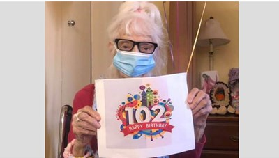 Cụ bà 102 tuổi 2 lần đánh bại Covid-19