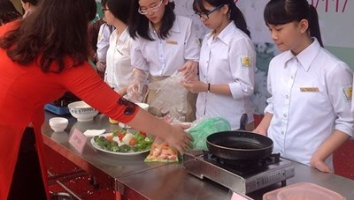 100.000 học sinh tham dự kỳ thi nghề phổ thông