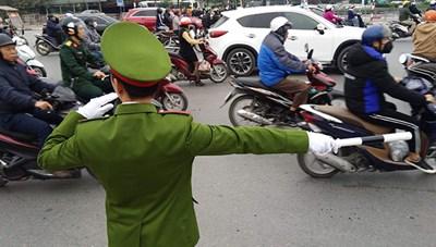 Hà Nội nỗ lực giải quyết ùn tắc giao thông tại 72 điểm 'nóng'