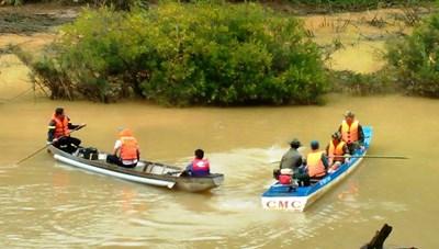 Lật thuyền khi đi hái cam, 1 phụ nữ đuối nước