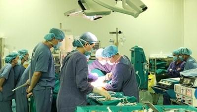 Bệnh viện Hữu nghị Việt Đức thực hiện thành công nhiều ca phẫu thuật ghép tạng