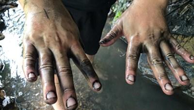 Hà Nội: Nguồn nước ô nhiễm là do dầu thải