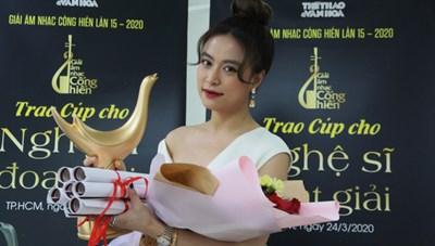 Hoàng Thùy Linh 'thắng lớn' tại giải Âm nhạc Cống hiến