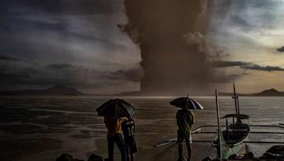 Philippines: Núi lửa Taal bắt đầu phun trào