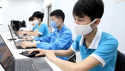 Trường nghề tiếp tục giảng dạy, học tập trực tuyến
