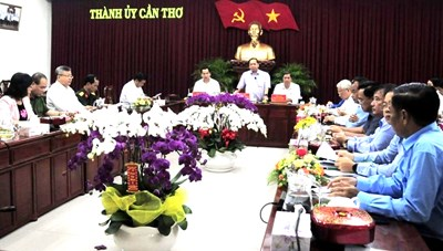 4 du khách đến từ Vũ Hán xin lưu trú lại Cần Thơ để tránh dịch Corona